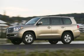 Toyota Land Cruiser V8 (2008 - 2011) used car review