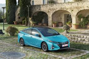 Toyota Prius Plug-in review