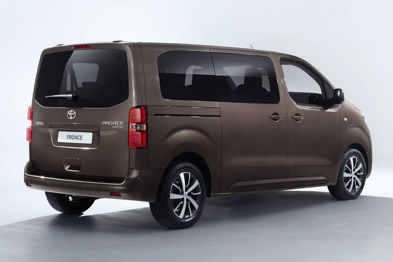 toyota proace verso review car review rac drive. Black Bedroom Furniture Sets. Home Design Ideas