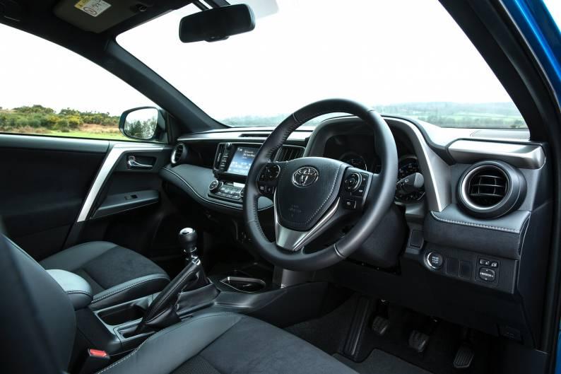 Toyota RAV4 2.0 D-4D review