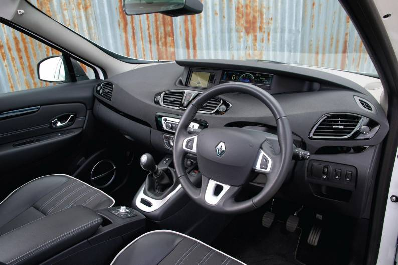 Renault Scenic (2013 - 2016) used car review