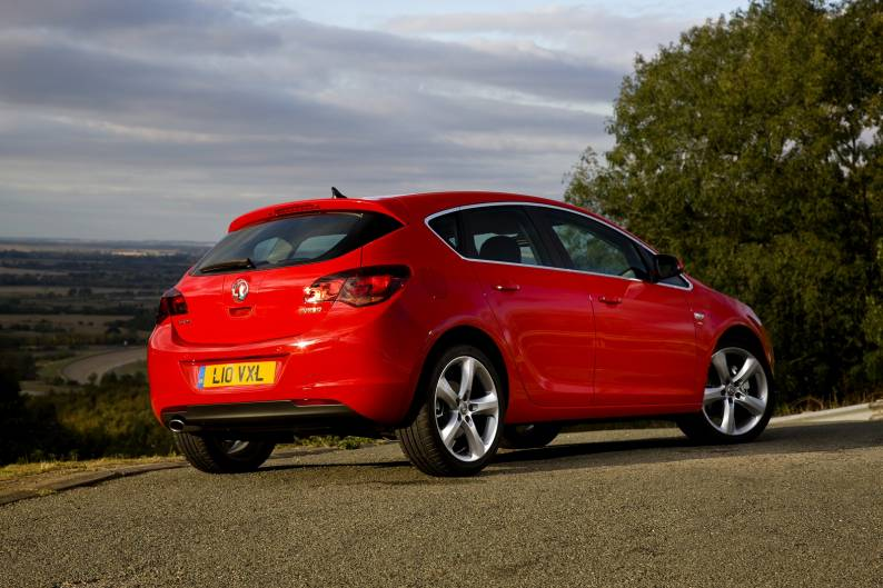 vauxhall astra 2012 2015 used car review car review rac drive. Black Bedroom Furniture Sets. Home Design Ideas