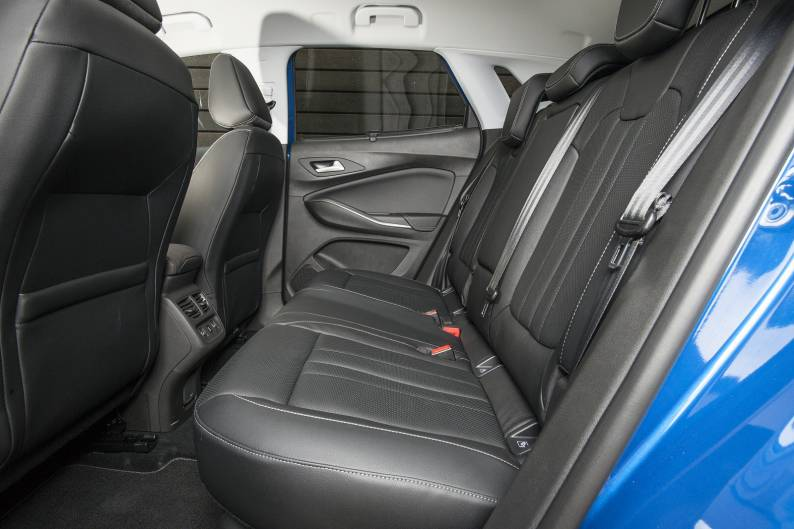 Vauxhall Grandland X 1.2 Turbo review