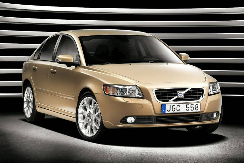 Volvo S40 (2004 - 2012) used car review