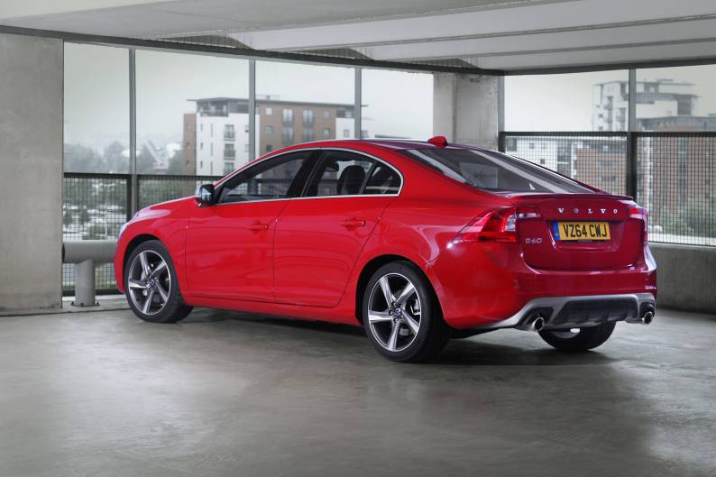 Volvo S60 review | Car review | RAC Drive