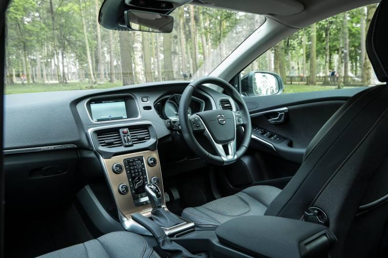 Volvo V40 Cross Country review