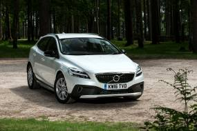 Volvo V40 Cross Country review