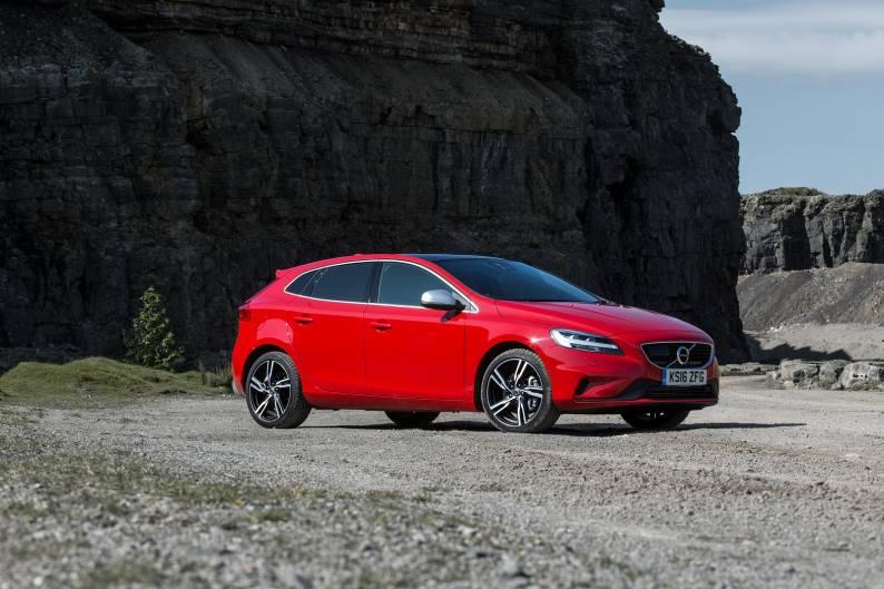 Volvo V40 R-Design review | Car review | RAC Drive