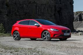 Volvo V40 T2 review