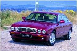 Jaguar XJ8 (1997 - 2003) used car review