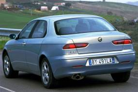 Alfa Romeo 156 (1998 - 2003) used car review