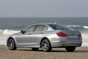 BMW 5 Series ACTIVEHYBRID5 (2013 - 2015) used car review