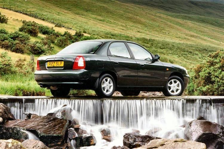 Daewoo Nubira (1997 - 1999) used car review