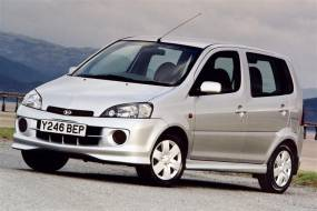Daihatsu YRV (2001 - 2005) used car review