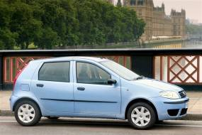 Fiat Punto (2003 - 2006) used car review