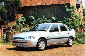 Ford Escort 1.6/1.8TDI Flight & Finesse (1999 - 2000) used car review