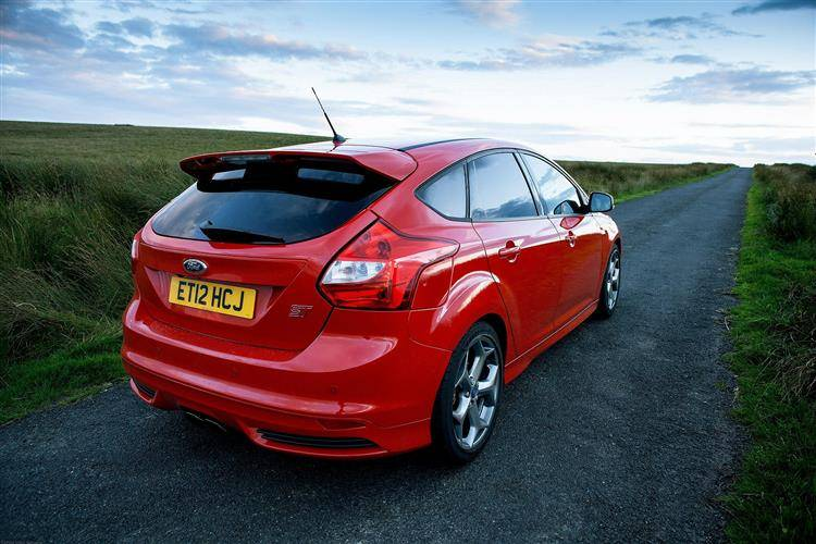 ford focus st 2012 2014 used car review car review rac drive. Black Bedroom Furniture Sets. Home Design Ideas