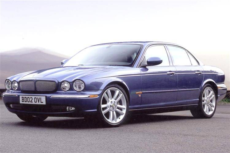 2003 jaguar xjr review