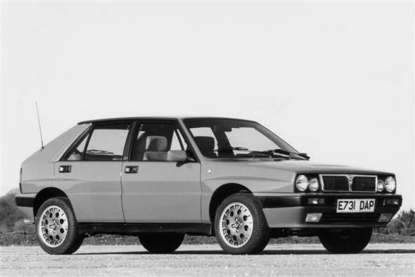 Lancia Delta HF IntegraLE (1987 - 1993) used car review