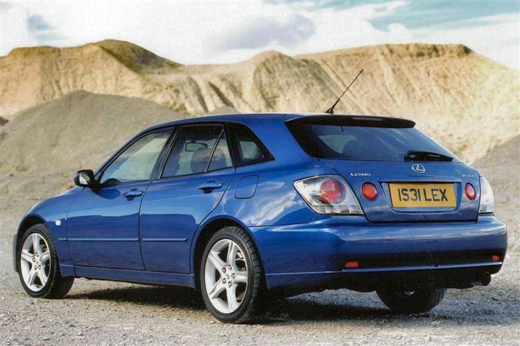 Lexus IS 300 (2001 - 2005) used car review