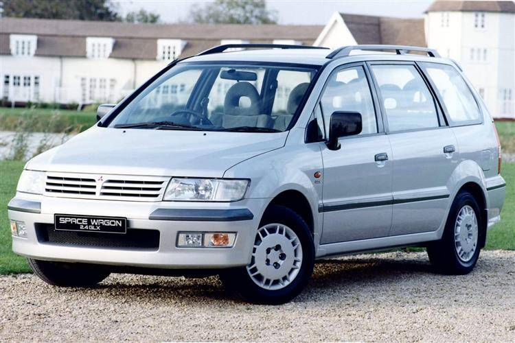Mitsubishi Space Wagon (1999 - 2004) used car review | Car