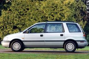Mitsubishi Space Wagon & Space Runner (1991 - 1999) used car review