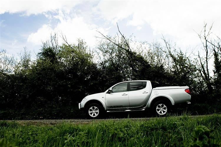 Mitsubishi L200 (2010 - 2015) used car review | Car review | RAC Drive