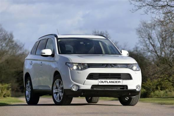 Mitsubishi Outlander (2013 - 2015) used car review