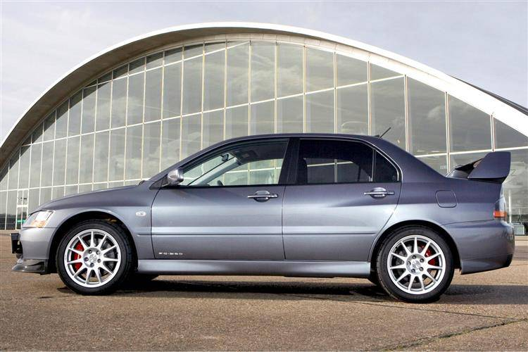 Mitsubishi Lancer EVO IX (2005 - 2008) used car review