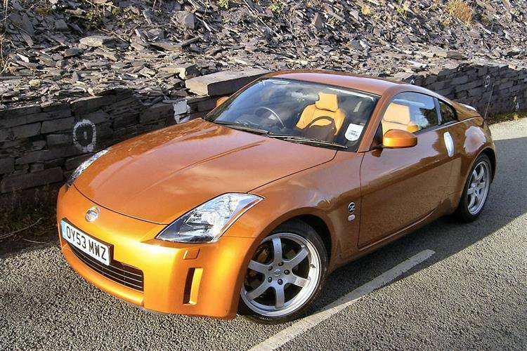 nissan 350z 2003 2009 used car review car review. Black Bedroom Furniture Sets. Home Design Ideas