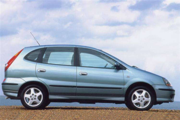 Nissan Almera Tino (2000 - 2006) used car review
