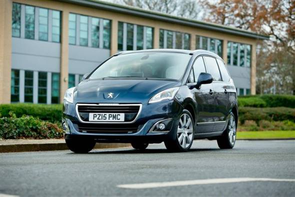 Peugeot 5008 (2013 - 2017) used car review