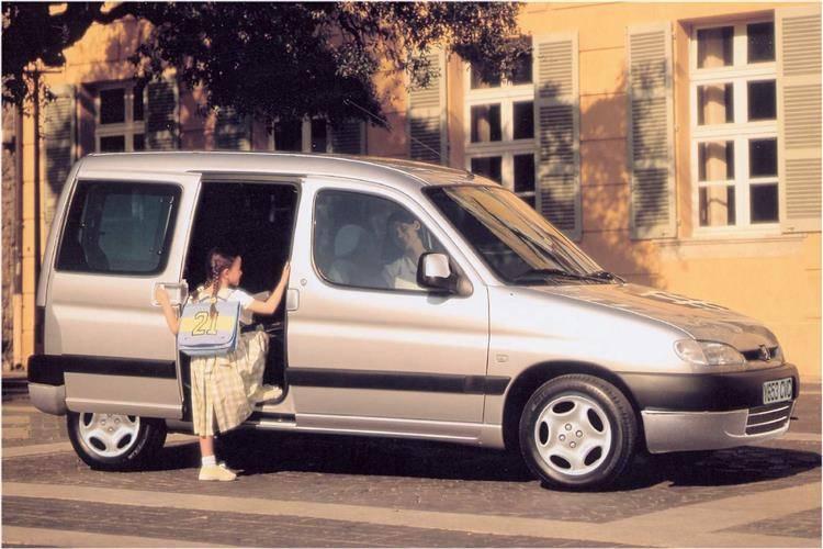 Peugeot Partner Combi (2001 - 2007) used car review