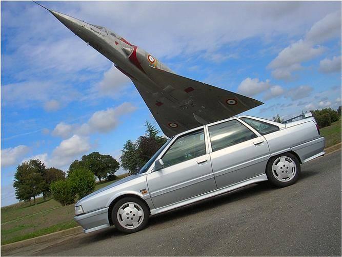 renault 21 turbo 1988 1992 used car review car. Black Bedroom Furniture Sets. Home Design Ideas