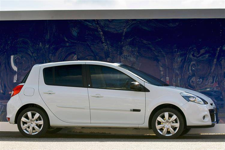 Renault Clio Iii 2009 2012 Used Car Review Car Review