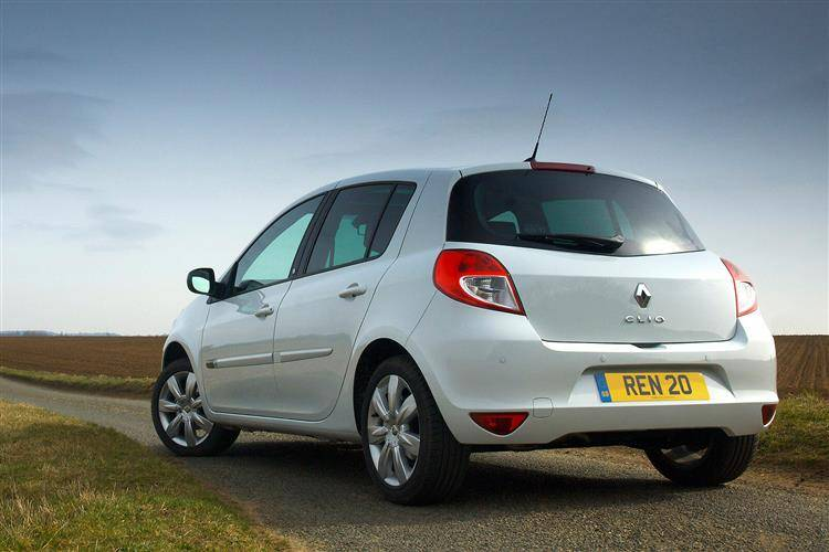 renault clio iii 2009 2012 used car review car. Black Bedroom Furniture Sets. Home Design Ideas