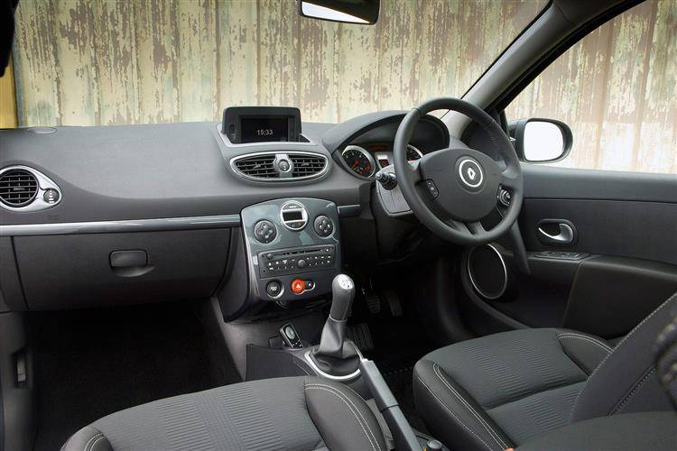 Renault Clio III (2009 - 2012) used car review | Car review | RAC Drive