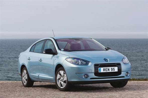 Renault Fluence Z.E. (2012 - 2014) used car review
