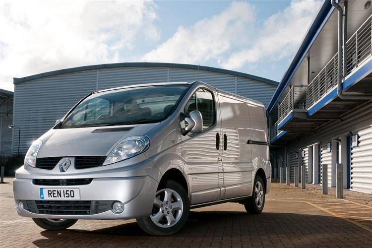 25ae6314a6 ... Renault Trafic (2001-2014) used car review