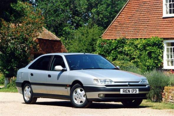 Renault Safrane (1993 - 1999) used car review