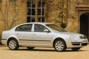 Skoda Superb (2002 - 2009) used car review