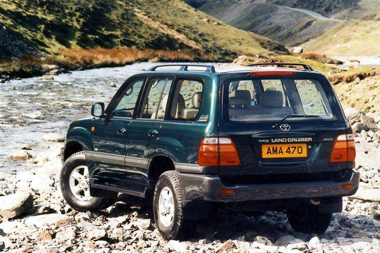 Toyota Land Criuser VX & Amazon (1990 - 2008) used car review