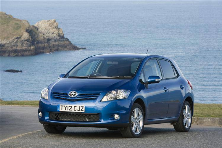 Toyota Auris (2010   2013) Used Car Review