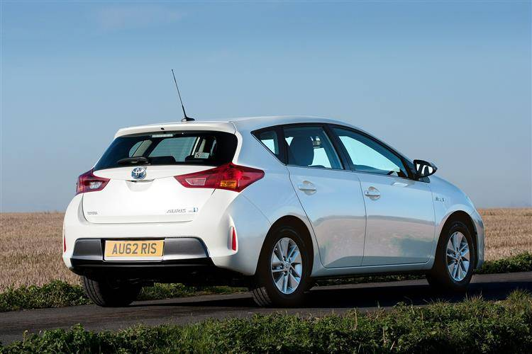 Toyota Auris 2013 2015 Used Car Review Car Review