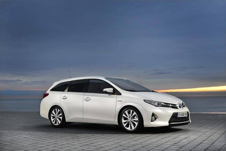 Toyota Auris 2013 2015 Used Car Review Car Review Rac Drive