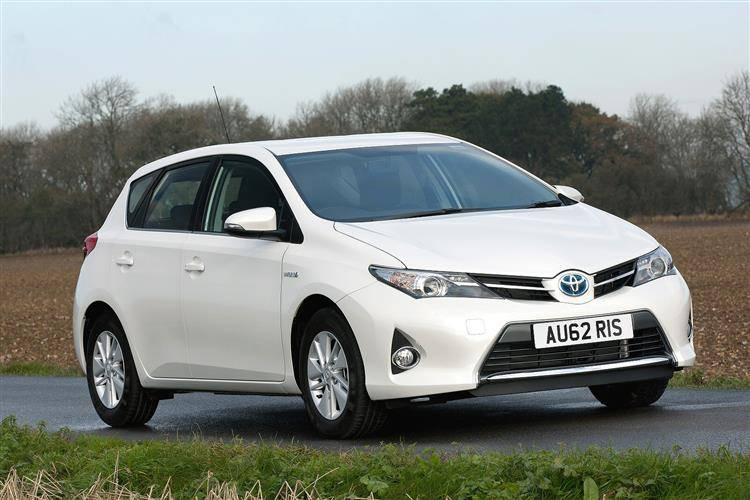 Toyota Auris (2013 - 2015) used car review