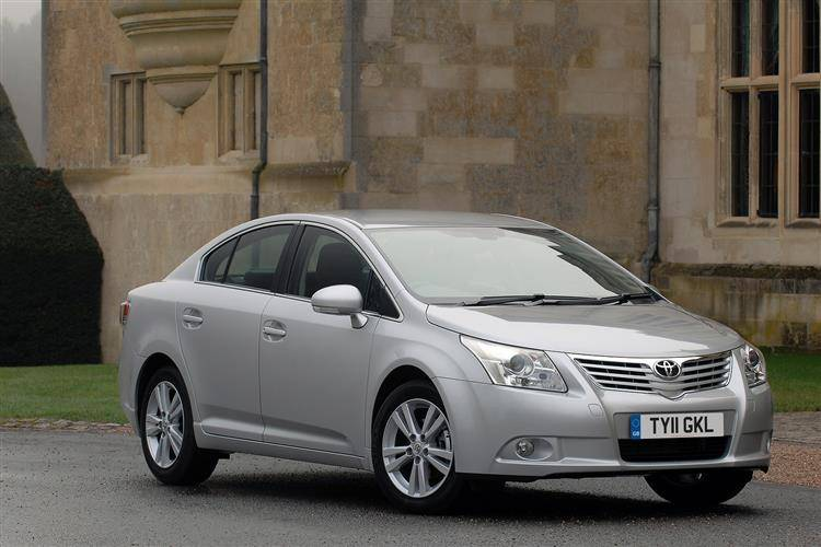 toyota avensis 2009 2011 used car review car review rac drive rh rac co uk Toyota Avensis 2007 Toyota Avensis 2013