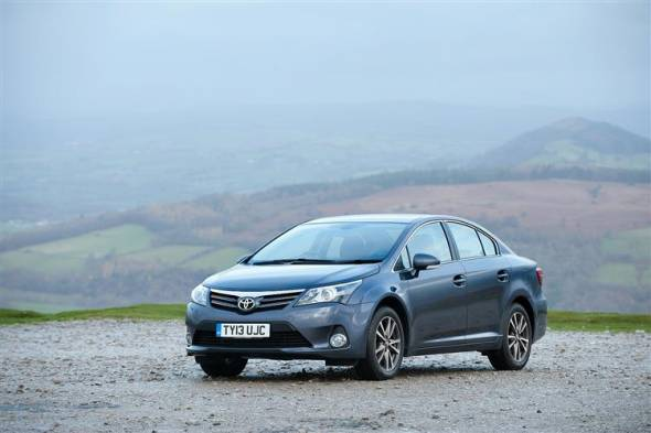 Toyota Avensis (2011 - 2015) used car review