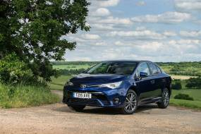 Toyota Avensis (2014 - 2018) used car review