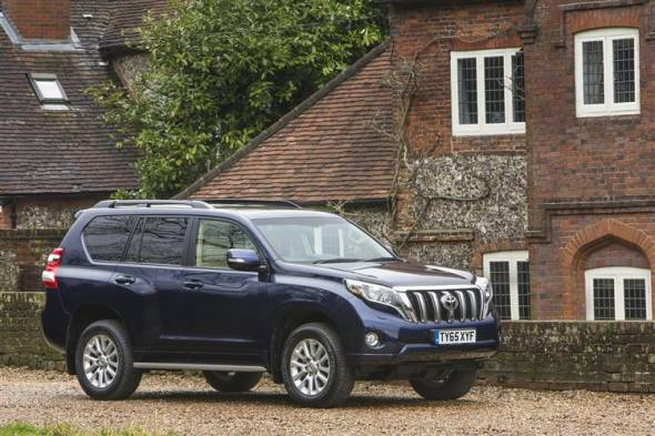 Toyota Land Cruiser V8 (2012 - 2015) used car review